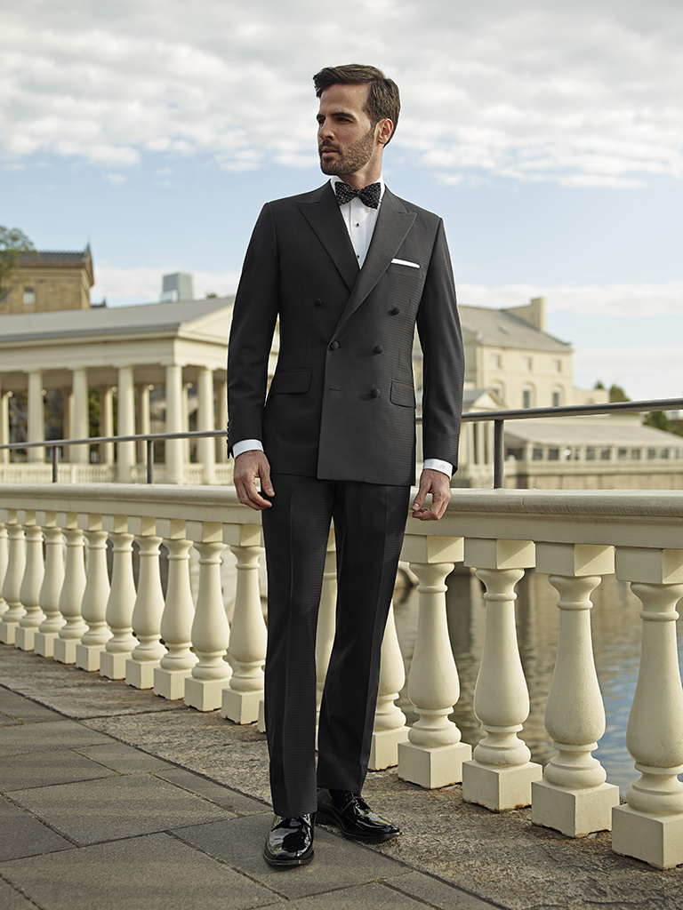 FORMAL GALLERY                                                                                                                                                                                                                                            , Textured Black Tuxedo