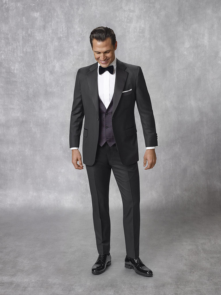 FORMAL                                                                                                                                                                                                                                                    , Super 140's Black Solid Tuxedo