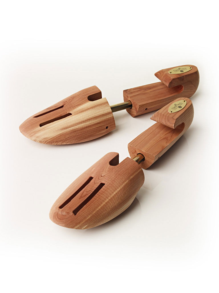 Cedar Medium Shoe Trees