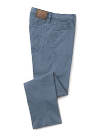 CHINA BLUE Modern Fit Jean by 34 Heritage